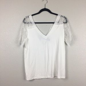 Forever 21 lace sleeve top S
